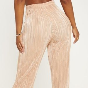 SHAPE GOLD PLEATED METALLIC WIDE LEG PANTS
